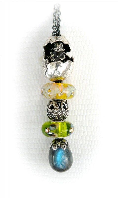 Драгоценные и поделочные камни  Faerybeads-midwinter-night-faery-necklace