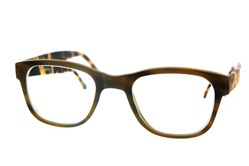 Arnold Booden glasses on size 28