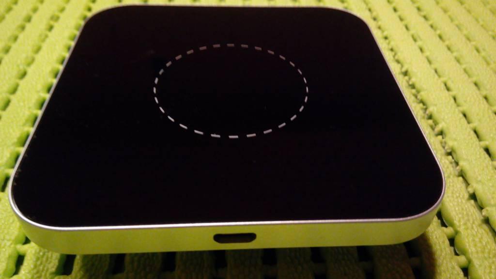 Newsinte Z2 Wireless charging Pad met Q1 technology