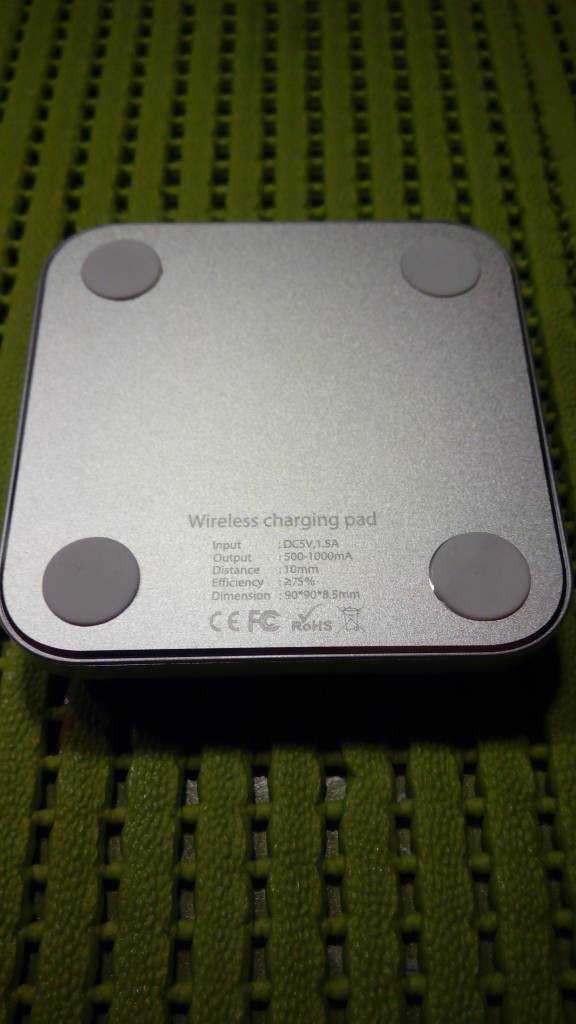 Newsinte Z2 Wireless charging Pad with Q1 Technology