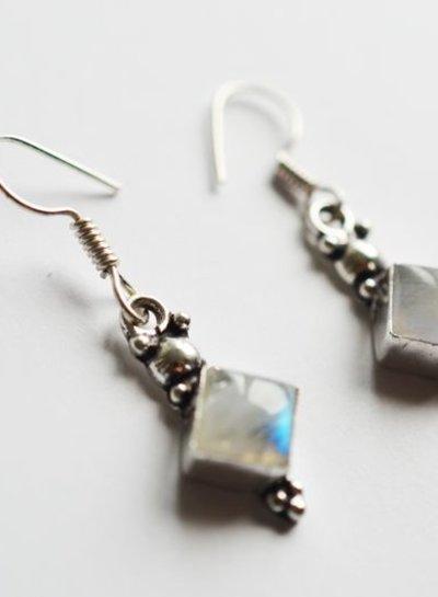 Monstone earring