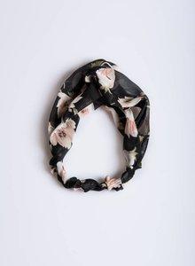 Black flower hairband