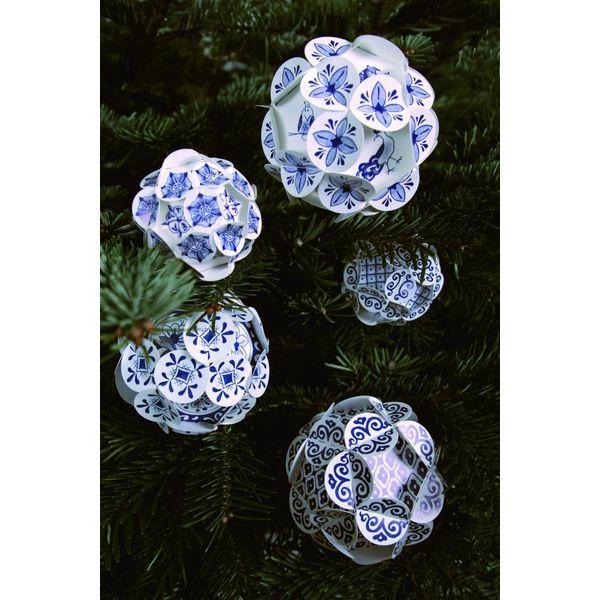Boules de noel bleu de Delft