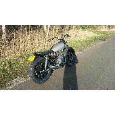 VERKOCHT: Yamaha XS400 Brat 1983