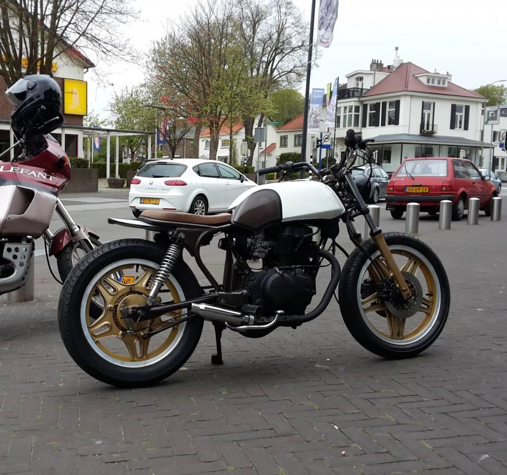 Honda CB 400 N Tracker - Caferaceronderdelen.nl