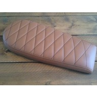 Brat Seat Diamond Light Brown Wide 70