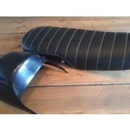 CX500 Seat Tuck 'N Roll Black 82