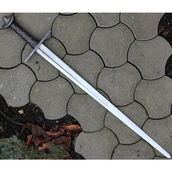 Epée romane, Isidore