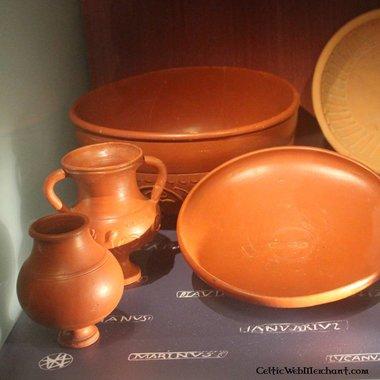 Roman conical mug (terra sigillata)