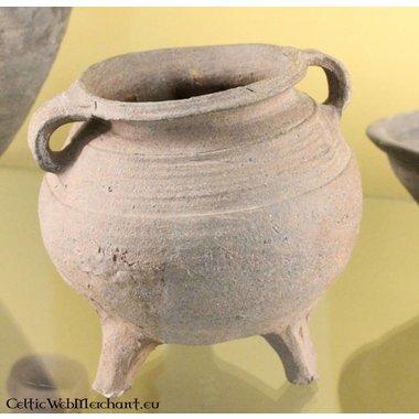 Ceramic cooking pot