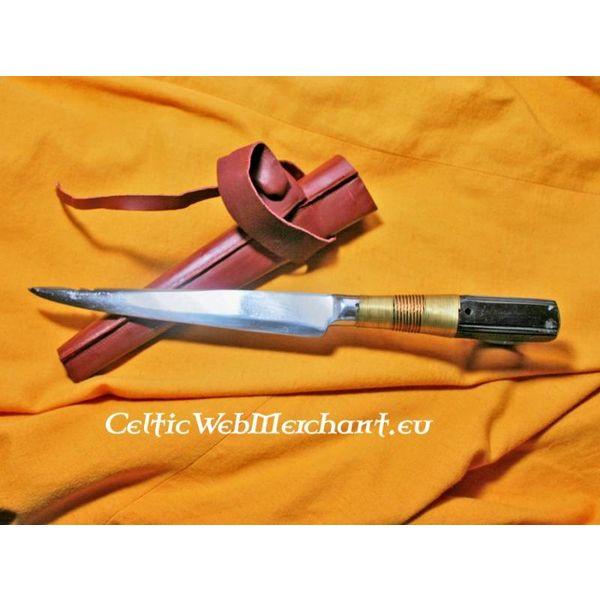 Cuchillo medieval
