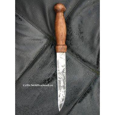 Couteau Viking, Forgé à la main