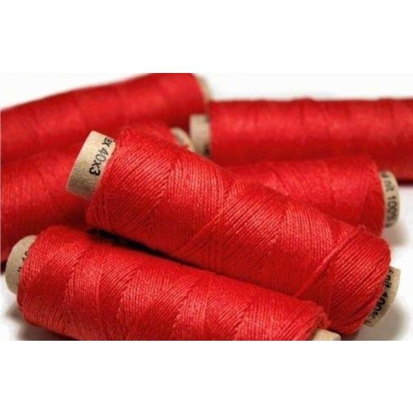 Linen yarn red, 50 m