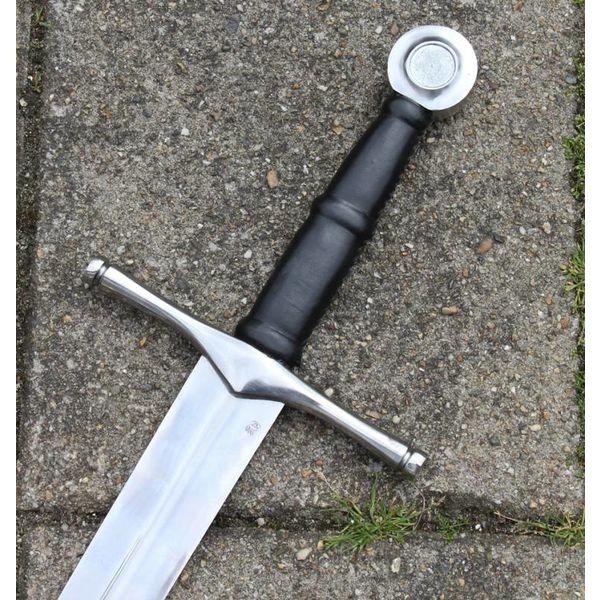 Hand-and-a-half sword Ruaidrí