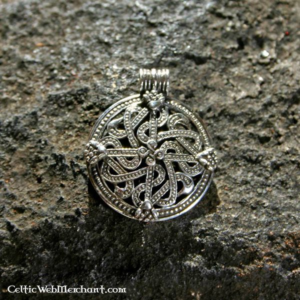 Viking pendant Mammen style
