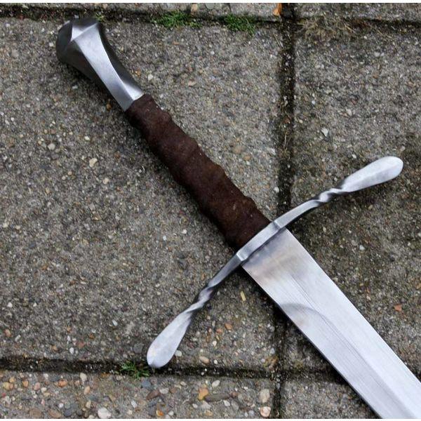Epée à une main et demi, Arjan