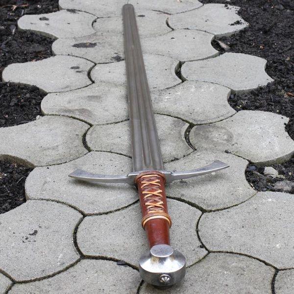 Espada gótica de mano y media Wolfram
