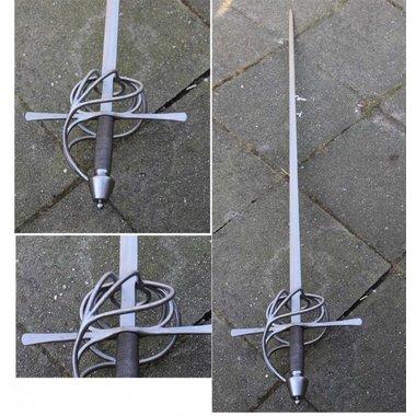 Espada ropera Cyrano