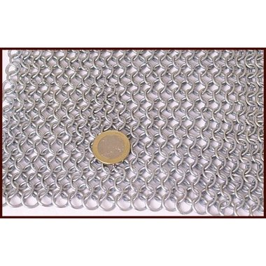 Camail avec encolure triangulaire, acier zingué, 9 mm