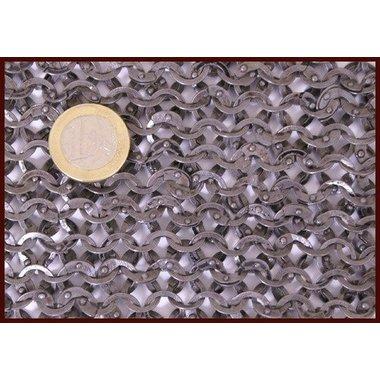 Maliënkap met vierkante hals, platte ringen - ronde klinknagels, 8 mm