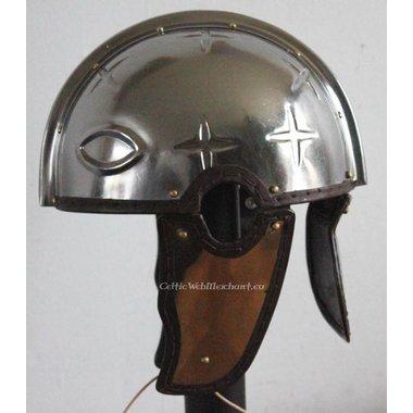 Casque fin de  la période romaine, Intercisa II