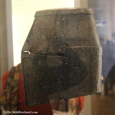 Grand heaume, casque de Croisé