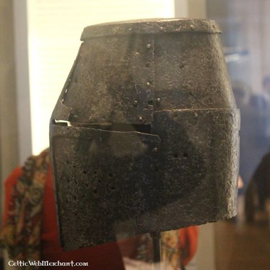 Great helmet Manesse Codex