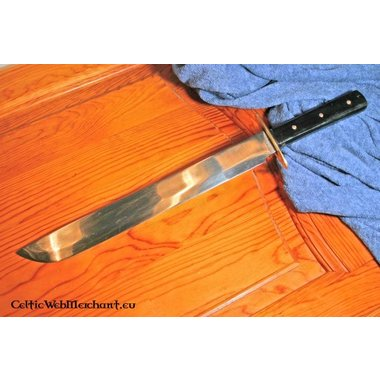 Cuchillo largo