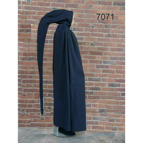 Manto con capucha larga