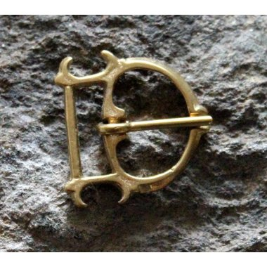 Luxurious gothic buckle (1350-1400)