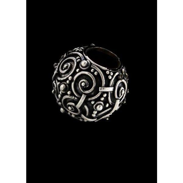 Perle, début du Moyen-Age
