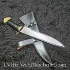 Triquetra seax with horn handle