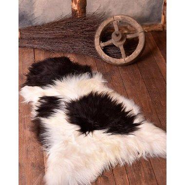 Nordic sheep skin black-white