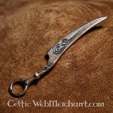 Couteau, Age de bronze (d'une tombe de femme)