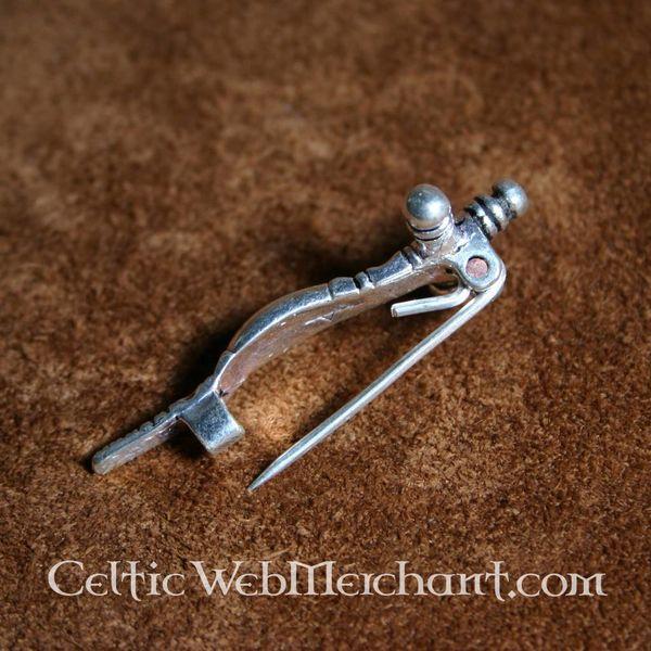Fibula a croce primo medioevo