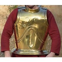 Pecho arcaico griego y placa posterior