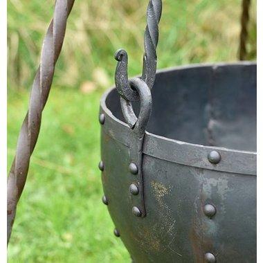 Chaudron précoce médiévale grande