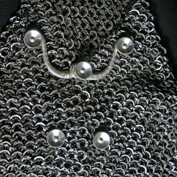 Crochets pour Lorica hamata Chassenard