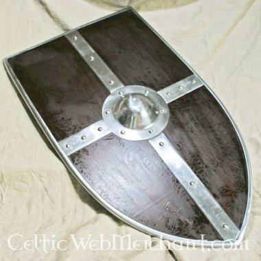 Escudo medieval con umbo