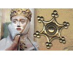 Broches médiévales en anneau