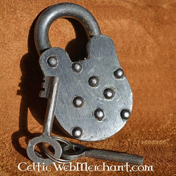Cadenas médiévale avec deux clés