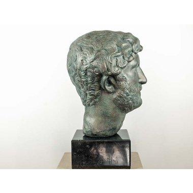 Bronzato busto dell'imperatore Adriano