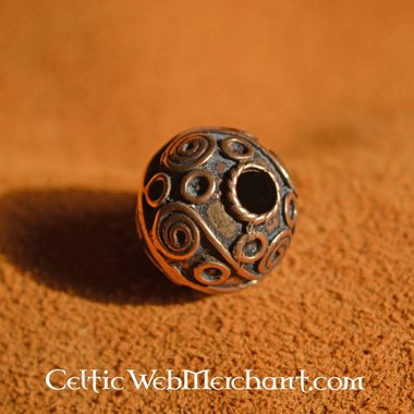 Celtic beard bead with spirals
