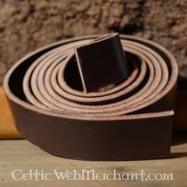 Belt fitting backward-looking animal