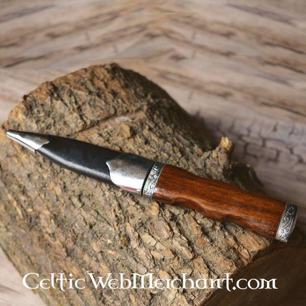 Sgian Dubh (poignard écossais)