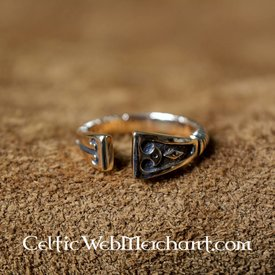 Viking Ring with diamond pattern, bronze