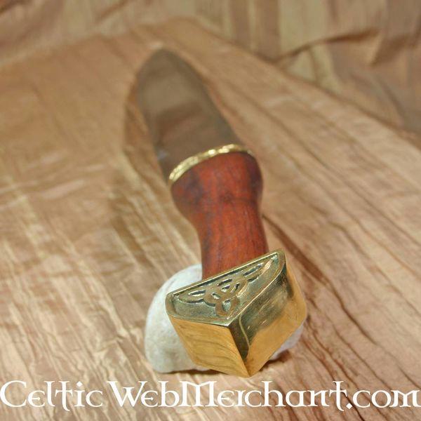 Seax Triquetra  con puño de madera