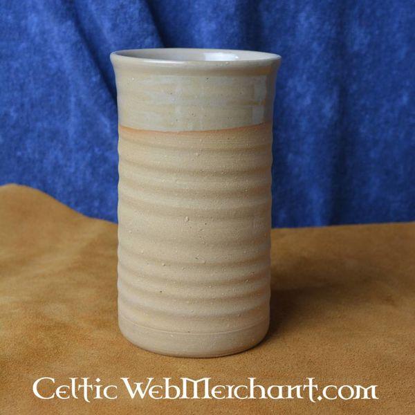 Middeleeuwse aardewerk drinkbeker 0,5 l