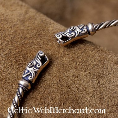 Vikingtorc con teste di drago