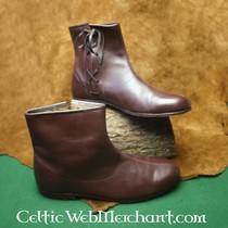 14de century boots